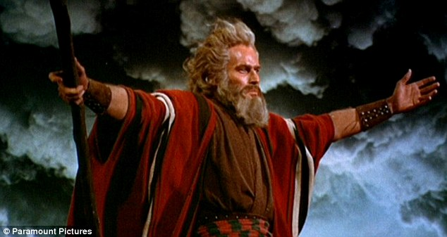 moise heston 10 commandements